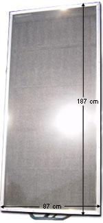 Vista frontal del Panel solar. Medidas 187cm por 87cm